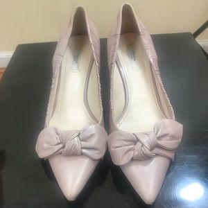 Nude/Pink pumps kitten heels bow by PRADA 39 EUC